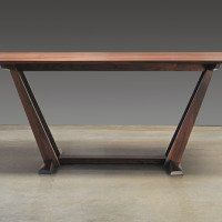 dining_table_leaning1