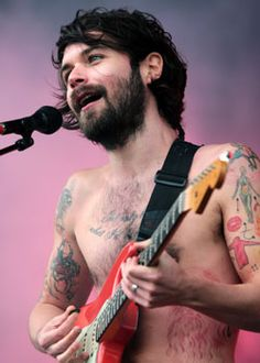 Simon Neil from Biffy Clyro - beautiful scotsman