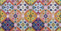 Découvrez nos sélection de tissus graphiques et colorés, qui font la tendance du moment.