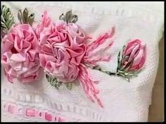 Flores Bordadas com Fitas de Cetim- Embroidered with satin ribbons - YouTube