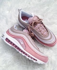 Cute Nike Shoes, Cute Sneakers, Nike Shoes Air Force, Nike Air Max, Dorothy Shoes, Teen Girl Shoes, Nike Free Run, Shoes Wallpaper, Aesthetic Shoes