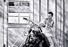 #senior #motorcycle #Harley #Davidson #photography