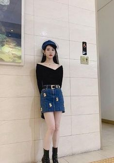 Luna Fashion, Korean Girl Fashion, Womens Fashion, Fashion Trends, Kpop Fashion Outfits, Korean Outfits, Korean Celebrities, Daily Look, Girl Crushes