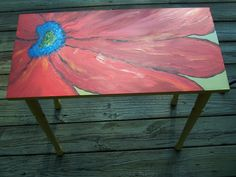 Great idea for sprucing up old TV trays! Painted Tv Trays, Painted Table Tops, Hand Painted Dressers, Painted Furniture For Sale, Funky Furniture, Paint Furniture, Furniture Makeover, Tv Tray Makeover, Decoupage