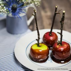 Karamell-Äpfel » Kochrezepte von Kochen & Küche Caramel Apples, Cherry, Fruit, Desserts, Food, Apple Recipes, Caramel, Chef Recipes, Tailgate Desserts