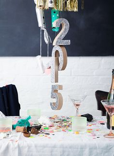 DIY New Years Eve Chandelier