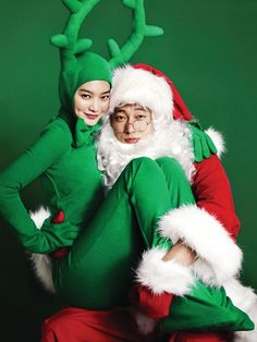 12 festive photos of So Ji Sub and Shin Min Ah to put you in the Christmas spirit