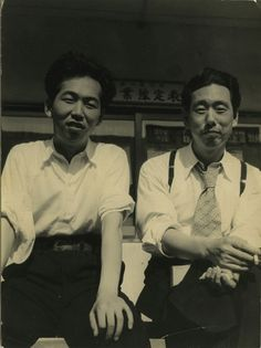 Film directors Satsuo Yamamoto and Mikio Naruse at the time Yamamoto worked as an assistant director to Naruse