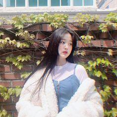 Wiz*one — Jang Wonyoung Kpop Girl Groups, Kpop Girls, Bts Anime, Eyes On Me, Naruto, Young T, Beautiful Young Lady, Yu Jin, Uzzlang Girl