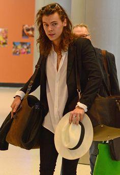 Harry Styles corta por lo sano y cambia de imagen - Foto