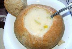 Hagymakrémleves rozscipóban | NOSALTY – receptek képekkel Pudding, Cheese, Desserts, Recipes, Food, Tailgate Desserts, Deserts, Custard Pudding, Essen