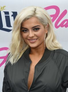 Recording artist Bebe Rexha performs at the Flamingo Go pool at Flamingo Las Vegas on September 2017 in Las Vegas, Nevada. Bebe Rexha, Jennifer Aniston, Lady Gaga, Flamingo Go Pool, Bebe Baby, Bleach Blonde, Blonde Hair, Gladiator Heels, Beautiful Celebrities