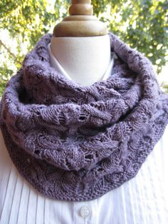 Infinity and beyond cowl on ravelry...