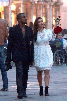 Kourtney Kardashian's Throwback Photo Proves Kanye Was In Love With Kim All Along