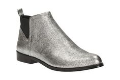 1e6b8e55702 Find your favourite from this season s women s ankle boots from Clarks.