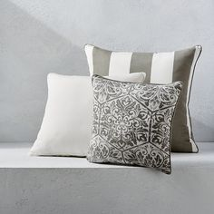 Outdoor Square Pillow With Piping - Classic Linen Natural, Special Order, X - Frontgate Sunbrella Pillows, Throw Pillows, Wall Seating, Outdoor Rugs, Outdoor Pillow, Outdoor Living, Outdoor Furniture, Outdoor Decor, Indoor Outdoor