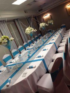 Déco de table blanche, turquoise et argentée. Vases martini lumineux, menus photophores, bougies personnalisées et ronds de serviettes en strass, By Gaëlle Déco