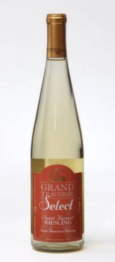 'NV Sweet Harvest Riesling – Chateau Grand Traverse Winery