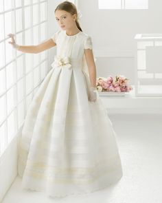 First Communion dress. Rosa Clará 2016 First Communion Collection. Nina 2016, Organza, Frock Design, Communion Dresses, Heirloom Sewing, First Communion, Frocks, Smocking, Evening Gowns