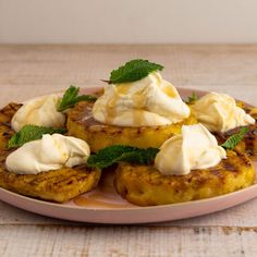 Grilled Pineapple with Cream By Ree Drummond Fruit Recipes, Mexican Food Recipes, Sweet Recipes, Dessert Recipes, Grill Recipes, Fruit Dessert, Dessert Ideas, My Favorite Food, Favorite Recipes