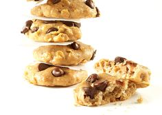 High-Protein Chocolate Chip Cookies. These cookies contain six slimming ingredients - including cottage cheese, whey protein powder, oats, and whole wheat flour - that fight cravings and burn fat.