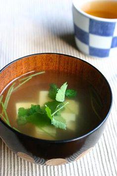 豆腐と三つ葉のすまし汁