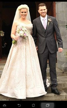 Happy year Anniversary to Denise and Greg Horan :) I'm still sorry about the invasion at your wedding though :/ Denise Horan, Greg Horan, James Horan, Older Bride, One Direction Imagines, Best Song Ever, 1d And 5sos, London Wedding, Beautiful Family