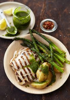 A no-fuss yellowtail recipe for any occasion : Keep it simple with this basic yellowtail recipe from our Weber expert Pete Goffe-Wood. Yellowtail Recipe, How To Cook Tuna, Recipe Mix, Recipe Ideas, Tuna Recipes, Bear Cakes, Fish Dishes, Fish And Seafood