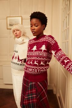 New homewear items for Christmas. New Week, Fashion Outfits, Womens Fashion, Your Favorite, Christmas Sweaters, Knitwear, Finding Yourself, Xmas, Knitting