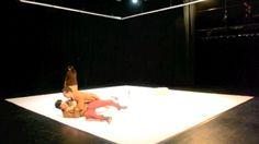 El camino de los pasos peligrosos.  Dirección, Luis Rodríguez. Escenografía e Iluminación, Victor Padilla.