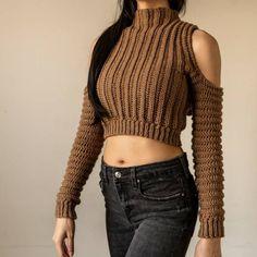 Crochet Shirt, Crochet Crop Top, Diy Clothes Design, Hoodie Pattern, Long Sleeve Turtleneck, Cropped Sweater, How To Purl Knit, Crochet Woman, Crochet Fashion