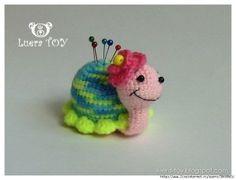 Pique-aiguille crochet