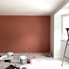 E n C h a n t i e r Lundi matin, reprise des projets et chantiers en cours pour . - Expolore the best and the special ideas about Hotel interiors Dining Room Wall Decor, Home Decor Bedroom, Earthy Home Decor, Bedroom Wall Colors, Hotel Interiors, House Rooms, Genre, Monday Morning, Metallic