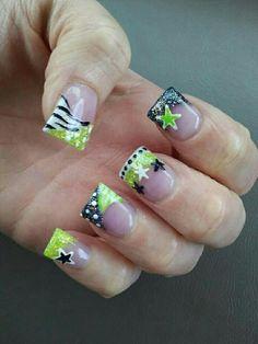 Cute powder nails