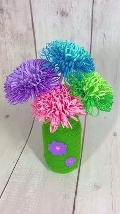 Paper Flowers Craft, Paper Crafts Origami, Paper Crafts For Kids, Flower Crafts, Diy Paper, Paper Flower Boquet, Origami Flower Bouquet, Diy Flowers, Paper Bouquet Diy