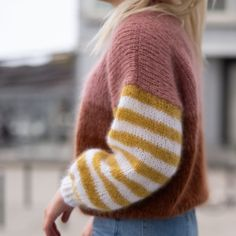 Paradise sweater & Striped sweater women & by HipKnitShop Paradise . Read more The post Paradise sweater Knitting Kits, Sweater Knitting Patterns, Knitting Designs, Knitting Projects, Hat Patterns, Chenille, Hoodie Outfit, Pulls, Knitted Hats
