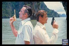 James Bond est en mission au musée, du 16 avril au 4 septembre à la Grande Halle de la Villette. L'Exposition - 50 ans de Style Bond conçue par Ab Rogers et le Barbican, découvre plus de 600 pièces de l'agent secret, et pour la première fois des équipements du film Spectre.