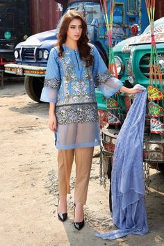 Motifz Embroidered Luxury Lawn collection 2016 Vol-3 With Price #Motifz #Embroidered #LuxuryLawn #LawnCollection #Dresses