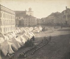 Russian army camp on Warsaw Castle Square, after introduction of marital law in Congress Poland, World History Map, Barrack And Michelle, History Images, World Trade Center, Historical Pictures, Pictures Images, Funny Pictures, Beautiful Buildings, Picture Photo