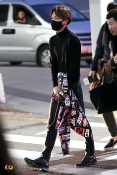 Kai EXO at Incheon Airport (20 March 2015)
