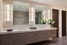 Contemporary bathroom design is entirely a matter of personal choice. Imagination and creativity is the main key to designing modern … Bathroom Inspiration, Bathrooms Remodel, Bathroom Interior Design, Bathroom Decor, Trendy Bathroom, Bathroom Remodel Master, Contemporary Bathroom Designs, Bathroom Lighting, Bathroom Layout