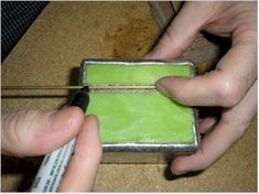 A variation on hinge type for stained glass boxes (a good how-to)