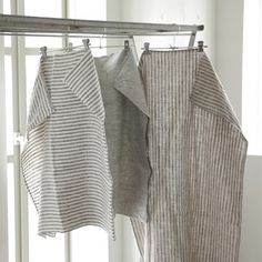 Thick Chambray Linen Grey Bath Towel from FEN&NED