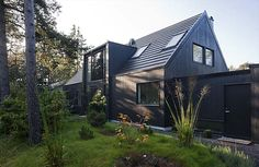 Lima House 3 Swedish Combination of Traditional Elements and Modern Design: Lima House