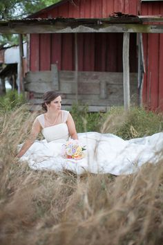 Austin Wedding Photographer, Bridal Portrait, Natural Light Photographer, Country Wedding Photography, red barn bridals  (c) Lahra Bryant Photography www.lahrabryant.com