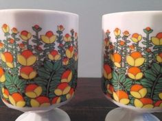 Retro-Vintage-Mod-Flower-Footed-Pedestal-Coffee-Tea-Cup-Mug-MCM-Yellow-Orange