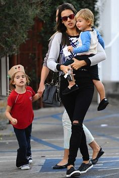 Alessandra Ambrosio in her 620 Mid-Rise Super Skinny in Blackout. #JBRAND