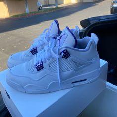 All Nike Shoes, Hype Shoes, Jordan Shoes Girls, Girls Shoes, Cute Sneakers, Shoes Sneakers, Zapatillas Nike Basketball, Swag Shoes, Aesthetic Shoes