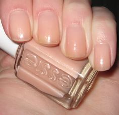 Essie Cafe Forgot...a nude polish w/ barely noticeable shimmer to just give something extra in sunlight. Buildable opacity up to 4 coats.