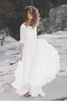 Wild and Free – Bridal-Collection by Light & Lace Wild and Free – die Brautmoden-Kollektion von Light & Lace Weeding Dress, V Neck Wedding Dress, Boho Wedding Dress, Bridal Dresses, Wedding Gowns, Bridal Collection, Bridal Style, Pretty Dresses, Wedding Styles
